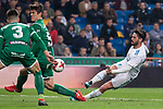 Real Madrid Francisco Roman 'Isco' and Leganes Unai Bustinza and Martin Mantovani during King's Cup match between Real Madrid and Leganes at Santiago Bernabeu Stadium in Madrid, Spain. January 24, 2018. (ALTERPHOTOS/Borja B.Hojas)