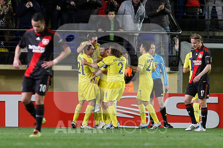 Villareal's Bruno Soriano, Santi Cazorla, Marco Ruben, Gonzalo Rodriguez and Mario Gaspar Perez celebrate goal in presence of Bayer 04 Leverkusen's Renato Augusto () and Domagoj Vida during UEFA Europa League match.March 17,2011. (ALTERPHOTOS/Acero)