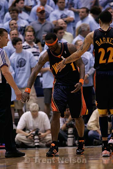 Salt Lake City - Utah Jazz vs. Golden State Warriors, NBA Playoffs basketball, second round, Game Two, at EnergySolutions Arena. Golden State Warriors forward Stephen Jackson (1) with headband covering his eyes. rick egan.
