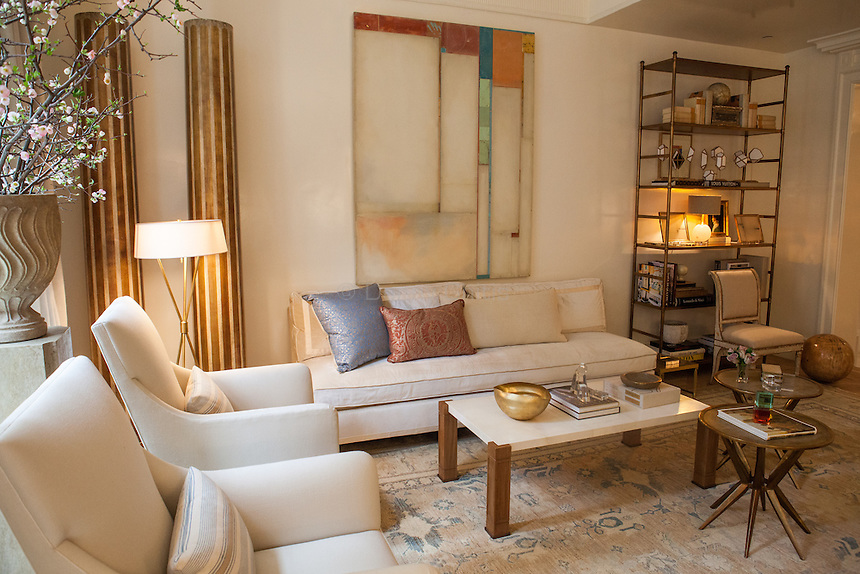The Kips Bay Decorator Show House invited twenty one designers and architects to transform a luxury Manhattan townhouse for a benefit to the Kips Bay Boys &amp; Girls Club. <br /> <br /> Pictured, design by Suzanne Kasler Interiors<br /> <br /> <br /> Danny Ghitis for The New York Times