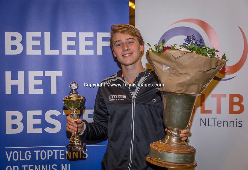 Wateringen, The Netherlands, December 8,  2019, De Rhijenhof , NOJK juniors 14 and18 years, Finals 18 years: Winner boys 18 years Guy den Ouden (NED)<br /> Photo: www.tennisimages.com/Henk Koster