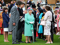 19 May 2016 - London, England - Queen Elizabeth II during a Garden Party at Buckingham Palace in London. Photo Credit: ALPR/AdMedia