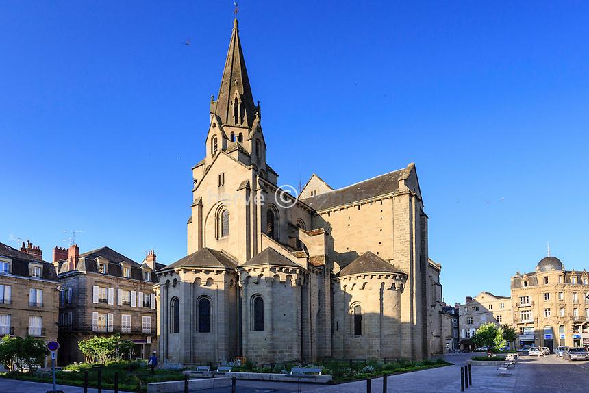 France, Corrèze (19), Brive-la-Gaillarde, la collégiale Saint-Martin // France, Correze, Brive la Gaillarde, Saint Martin church