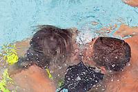 VINHEDO, SP, 12 DE FEVEREIRO DE 2012 - CONCURSO DE BEIJO MOLHADO - Participantes durante Concurso do Beijo Molhado, na tarde desde domingo no parque aquático Wet`n Wild em Vinhedo interior do Estado de Sao Paulo. (FOTO: WARLEY LEITE - NEWS FREE).
