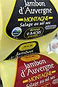 01/12/14 - AURILLAC - CANTAL - FRANCE - Entreprise Cantal Salaisons. Etiquette de marquage - Photo Jerome CHABANNE