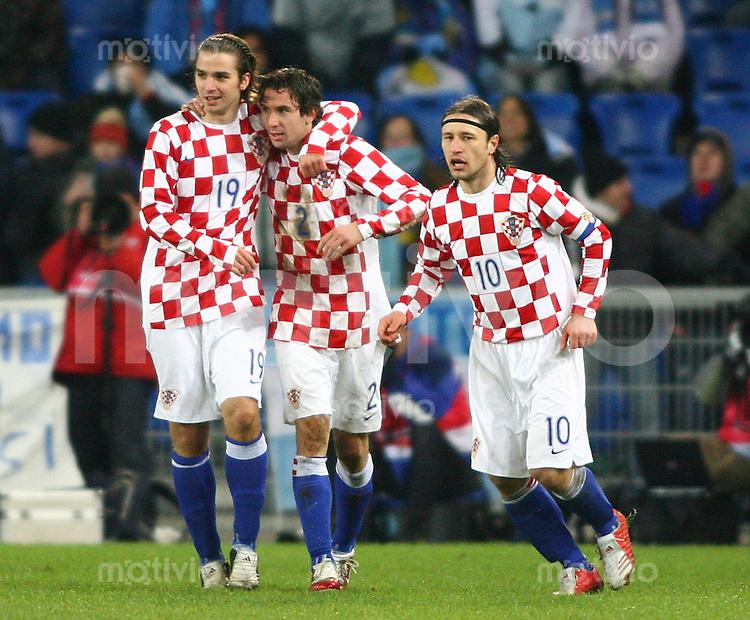 Fussball International Testspiel Kroatien - Argentinien Jubel Kroatien; Nico Kranjcar, Darijo Srna udn Nico Kovac (alle CRO,v.li)
