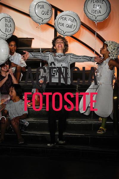 Sao Paulo, Brasil &ndash; 10/06/2011 - Desfile de Silvia Ferraz - Projeto Lab durante a Casa de Criadores  -  Ver&atilde;o 2012.<br /> <br /> Foto : Marcelo Soubhia/ Ag. Fotosite