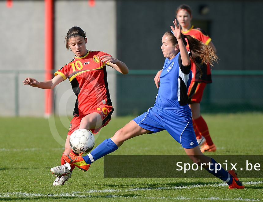 U 16 Belgian red Flames - virginia USA :<br /> <br /> Duel tussen Amber De Priester (L) en Kisaki Nicole Ray (R)<br /> <br /> foto Dirk Vuylsteke / Nikonpro.be