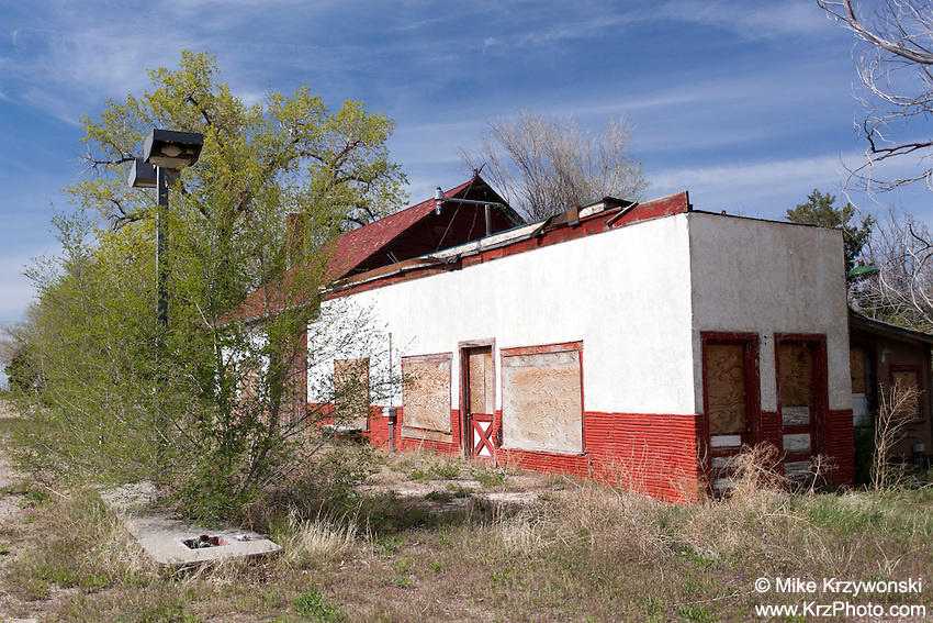 Abandoned service station in Deer Trail, CO