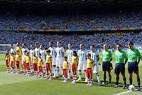 FUSSBALL WM 2014  VORRUNDE    GRUPPE F     Argentinien - Iran                         21.06.2014 Die Mannschaft von Argentinien nimmt vor dem Spiel Aufstellung