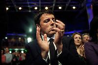 Firenze: Matteo Renzi durante il discorso di Pier Luigi Bersani per la campagna elettorale per l'elezioni politiche del 2013..Florence: Matteo Renzi (R)Major of Florence during the political rally