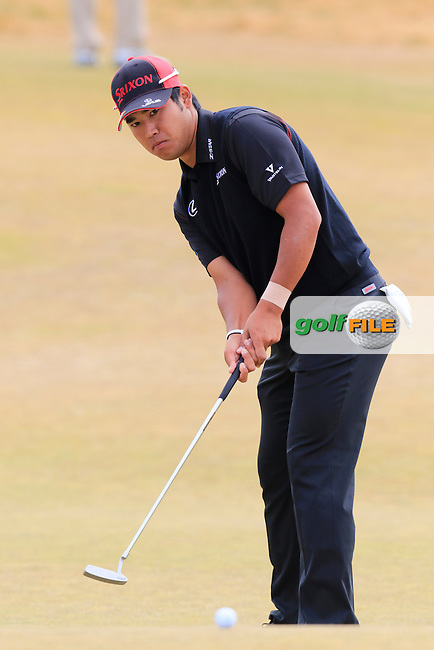 Hideki Matsuyana (JPN) putts on the 17th green during Thursday's Round 1 of the 2015 U.S. Open 115th National Championship held at Chambers Bay, Seattle, Washington, USA. 6/18/2015.<br /> Picture: Golffile | Eoin Clarke<br /> <br /> <br /> <br /> <br /> All photo usage must carry mandatory copyright credit (&copy; Golffile | Eoin Clarke)