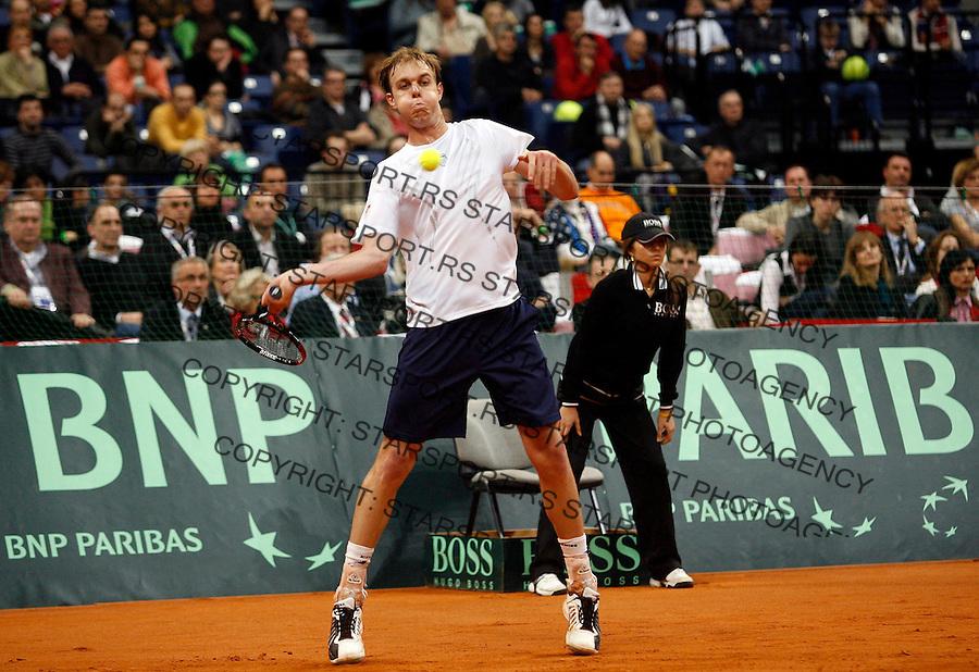 Tenis, Davis Cup 2010.Serbia Vs. USA.Novak Djokovic (SRB) Vs. Sam Querrey (USA).Sam Querrey returnes.Belgrade, 05.03.2010..foto: Srdjan Stevanovic/Starsportphoto ©