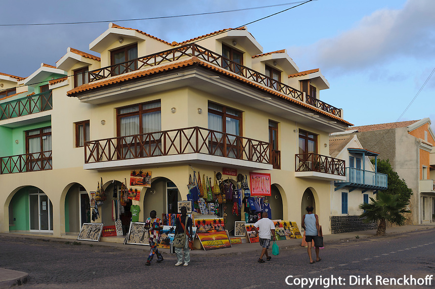 Souvenirgeschäft in Santa Maria, Sal, Kapverden, Afrika