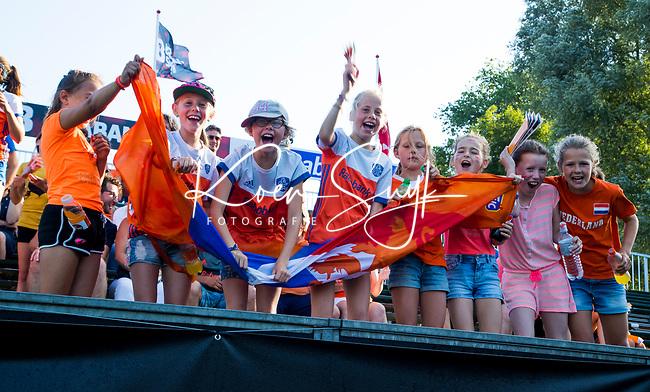 BREDA -  jonge supporters   tijdens Nederland-Japan bij de 4 Nations Trophy dames 2018 .   COPYRIGHT KOEN SUYK