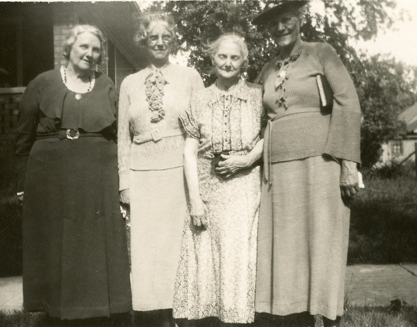 It's actually Annie Stewart Thornburg -- once again at Jack's funeral in 1937 -- she's wearing the same dress.<br />