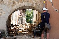 Case crollate e macerie a Sommati, rubble at sommati<br /> Sommati( Rieti ) 26-08-2016 Terremoto nel centro Italia, al confine tra Umbria Marche e Lazio<br /> Central Italy was struck by a earthquake of 6.2 magnitude during the early hours if August 24 2016 <br /> Foto Samantha Zucchi/Insidefoto