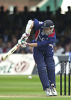 29/06/2002, Sport - Cricket - NatWest triangler Series England - Sri Lanka - India England vs india 50 overs.  Lord's ground.England batting - Nick Knight ...
