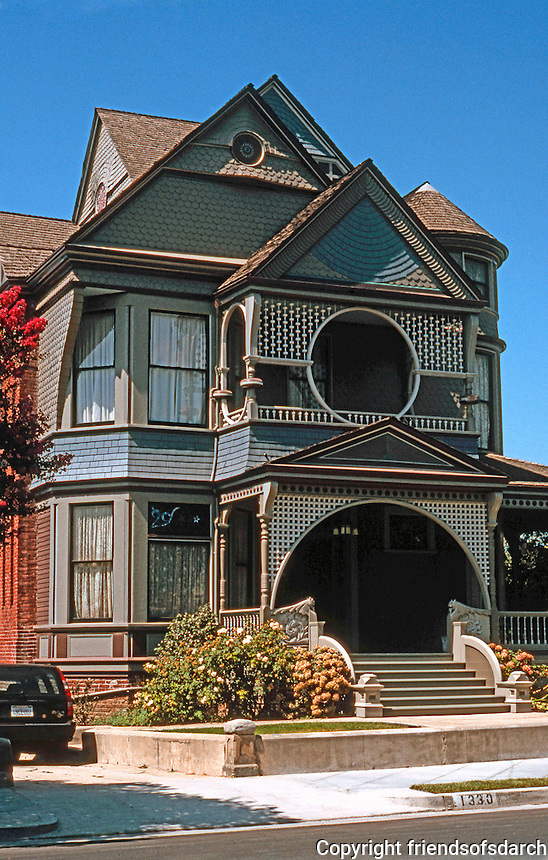 Los Angeles: Sessions House, 1330 Carroll Avenue. Joseph Cather Newsom. Photo '04.