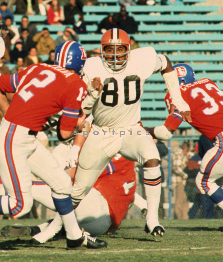 Cleveland Browns Joe Jones (80) during a game from his 1970 season with the Cleveland Browns. Joe Jones played for 11 years with 3 different teams.<br /> (SportPics)