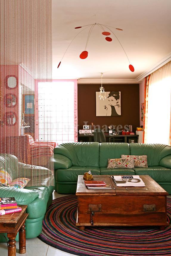 cozy leather sofas