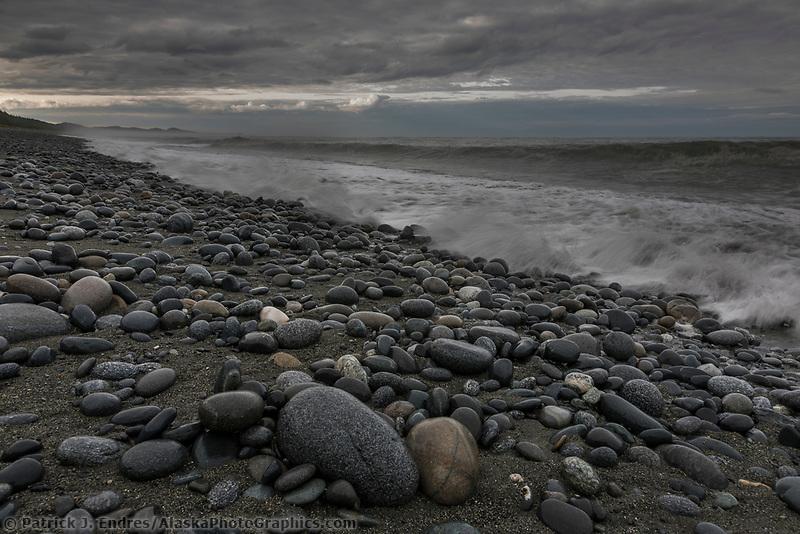 Rocky beach along the Gulf of Alaska, Pacific ocean coast, Glacier Bay National Park, Southeast, Alaska