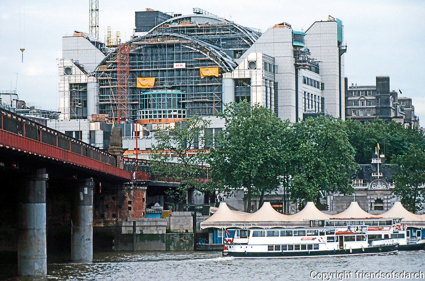 London: Embankment Place Extension of Charing Cross Station, nearing completion, summer '90. Terry Farrell.