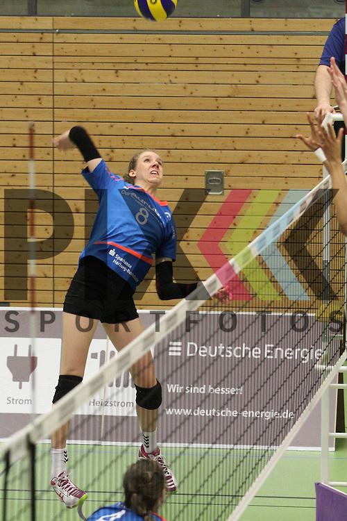 Jana Franziska Poll am Netz <br /> <br /> 09.03.2016 Volleyball Frauen 1. Bundesliga Pre Play Offs, Koepenicker SC Berlin  - VT Aurubis Hamburg  beim Spiel in der Volleyball Frauen 1. Bundesliga Pre Play Offs, Koepenicker SC Berlin  - VT Aurubis Hamburg.<br /> <br /> Foto &copy; PIX-Sportfotos *** Foto ist honorarpflichtig! *** Auf Anfrage in hoeherer Qualitaet/Aufloesung. Belegexemplar erbeten. Veroeffentlichung ausschliesslich fuer journalistisch-publizistische Zwecke. For editorial use only.