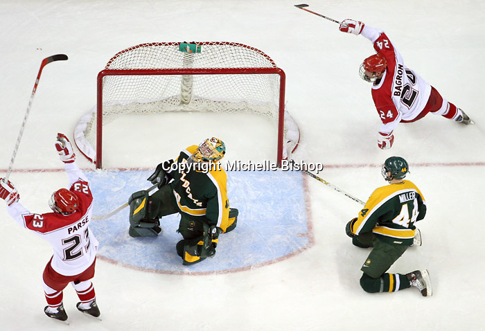 Nebraska-Omaha's Scott Parse and Bill Bagron celebrate a goal. Nebraska-Omaha beat Northern Michigan 6-1 at the Qwest Center in Omaha on Jan. 27, 2007. (Photo by Michelle Bishop)