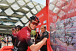Chris Froome (GBR) Team Ineos at sign on before Stage 5 the Al Ain Water Stage of the UAE Tour 2020 running 162km from Al Ain to Jebel Hafeet, Dubai. 27th February 2020.<br /> Picture: LaPresse/Massimo Paolone | Cyclefile<br /> <br /> All photos usage must carry mandatory copyright credit (© Cyclefile | LaPresse/Massimo Paolone)