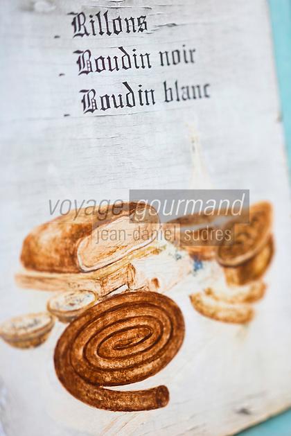 Europe/France/Centre/41/Loir-et-Cher/Sologne/Saint-Viâtre:  Enseigne d'un charcutier du village // Europe/France/Centre/41/Loir-et-Cher/Sologne/Saint-Viâtre:  Sign of a village butcher