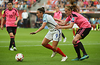 20170719 - UTRECHT , NETHERLANDS : English Jodie Taylor (L) and Scottish Vaila Barsley (R) pictured during the female soccer game between England and Scotland  , the frist game in group D at the Women's Euro 2017 , European Championship in The Netherlands 2017 , Wednesday 19 th June 2017 at Stadion De Galgenwaard  in Utrecht , The Netherlands PHOTO SPORTPIX.BE | DIRK VUYLSTEKE