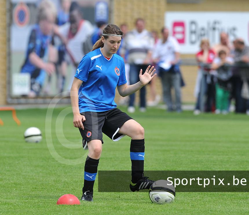 eerste training Club Brugge Dames : Stefanie Ninclaus.foto DAVID CATRY / Vrouwenteam.be