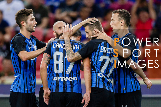 FC Internazionale Forward Ivan Perisic (R) celebrating his goal with his teammates during the International Champions Cup 2017 match between FC Internazionale and Chelsea FC on July 29, 2017 in Singapore. Photo by Marcio Rodrigo Machado / Power Sport Images