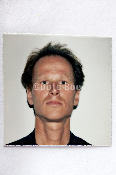 identity style  head and shoulder portrait photo early 2000s