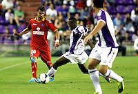 Real Valladolid´s Bergdich (r) and Getafe's Valera (l) during La Liga match.August 31,2013. (ALTERPHOTOS/Victor Blanco)