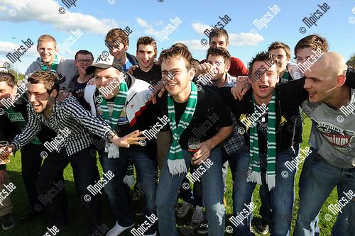 2012-04-29 / voetbal / seizoen 2011-2012 / Vorst viert de titel..Foto: Mpics.be