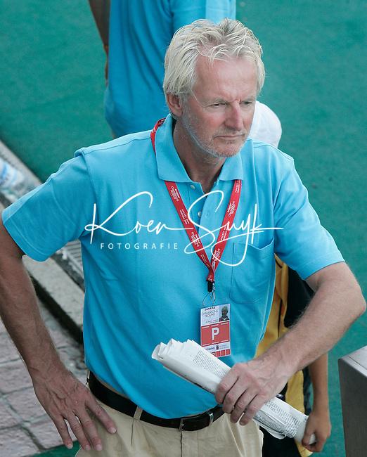 TERRASSA - Metal coach Bouke de Boer van het Nederlands team , zondag tijdens de Champions Trophy wedstrijd Nederland-Australie in Terrassa, Spanje. ANP PHOTO KOEN SUYK