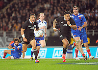 Aaron Smith makes a break with Ma'a Nonu in support during the international rugby match between the New Zealand All Blacks and France at Eden Park, Auckland, New Zealand on Saturday, 8 June 2013. Photo: Dave Lintott / lintottphoto.co.nz