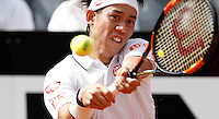 Il giapponese Kei Nishikori in azione nel corso degli Internazionali d'Italia di tennis a Roma, 10 maggio 2016.<br /> Japan's Kei Nishikori returns the ball to Serbia's Viktor Troicki at the Italian Open tennis tournament, in Rome, 10 May 2016.<br /> UPDATE IMAGES PRESS/Isabella Bonotto