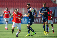 4th February 2020; National Stadium of Chile, Santiago, Chile; Libertadores Cup, Universidade de Chile versus Internacional; Luis Del Pino of Universidad de Chile beaten by the turn from Paolo Guerrero of Internacional
