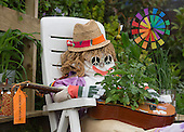 Friday, 17 May 2013, London, UK. Build-up to Chelsea Flower Show 2013, where floral displays and gardens are slowly taking place ahead of next week's show. Picture: Scarecrows made by children.