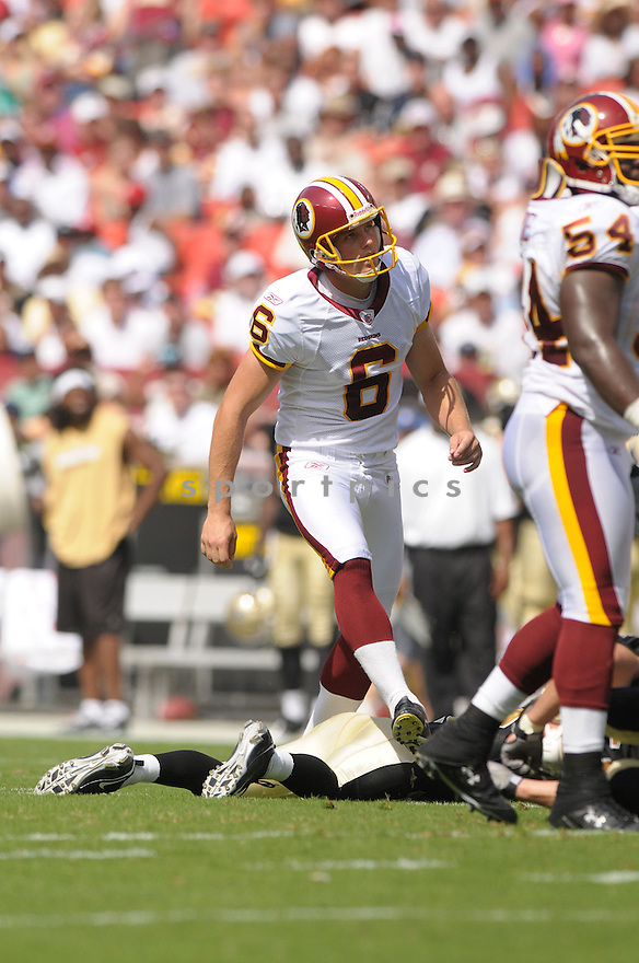 SHAUN SUISHAM, of the Washington Redskins, in action during the Redskins game against the New Orleans Saints on September 14, 2008 in Washington DC...Redskins win 29-24..SportPics