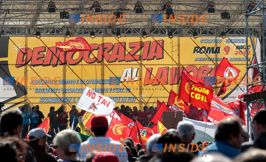 .Roma 09/03/2012 Manifestazione della FIOM contro il governo e in difesa dell'Articolo 18..Photo Samantha Zucchi Insidefoto