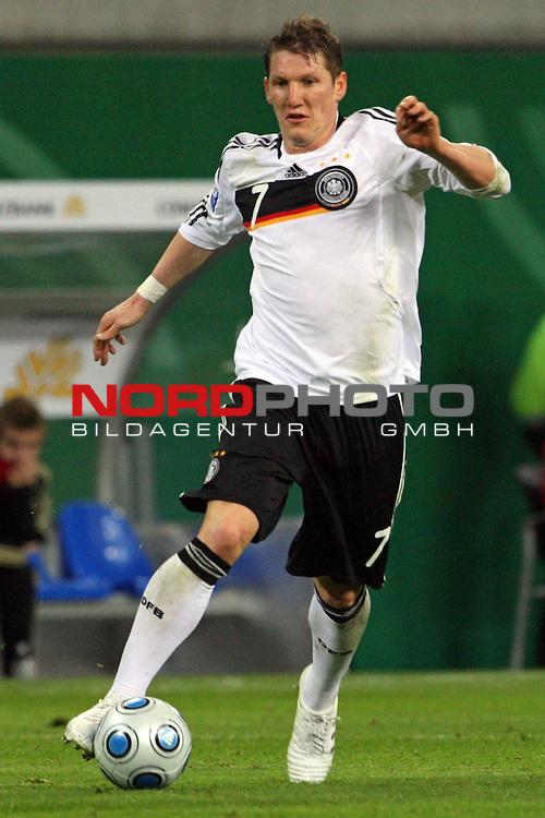 L&permil;nderspiel<br /> WM 2010 Qualifikatonsspiel Qualificationmatch Leipzig 28.03.2009 Zentralstadion Gruppe 4 Group Four <br /> <br /> Deutschland ( GER ) - Liechtenstein ( LIS ) 4:0 (2:0)<br /> <br /> Bastian Schweinsteiger (#7 Bayern M&cedil;nchen Deutsche Nationalmannschaft).<br /> <br /> Foto &copy; nph (  nordphoto  )<br />  *** Local Caption ***