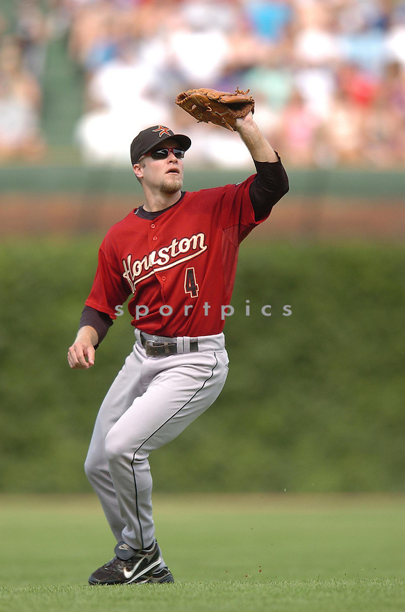 ERIC BRUNTLETT, of the Houston Astros  , in action during the Astros  game against the Chicago Cubs  in Chicago, IL  on July 14,  2007...Cubs  win 9-3...CHRIS BERNACCHI/ SPORTPICS.