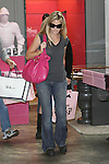 Abilityfilms@yahoo.com 805-427-3519.www.AbiliyFilms.com.03-31-08 denise Richards shopping in malibu with her father