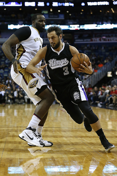 NEW ORLEANS, LA - MARCH 07: Marco Belinelli #3 of the Sacramento Kings drives with the ball during a game at Smoothie King Center on March 7, 2016 in New Orleans, Louisiana. NOTE TO USER: User expressly acknowledges and agrees that, by downloading and or using this photograph, User is consenting to the terms and conditions of the Getty Images License Agreement.  (Photo by Jonathan Bachman/Getty Images)