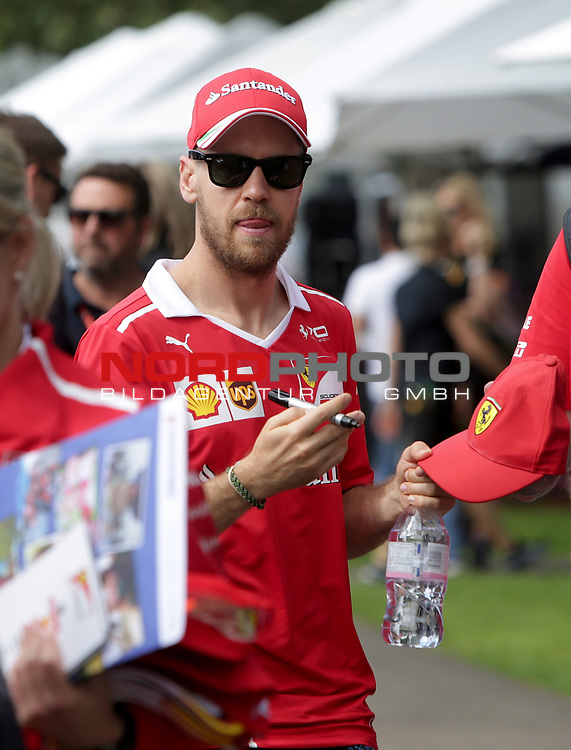 23.03.- 26.03.2017 Albert-Park-Circuit, Melbourne, AUS, F1, Formula 1 Rolex Australien Grand Prix, Race01, im Bild <br /> <br /> Sebastian Vettel (GER#5), Scuderia Ferrari <br /> <br /> Foto &copy; nordphoto / Bratic