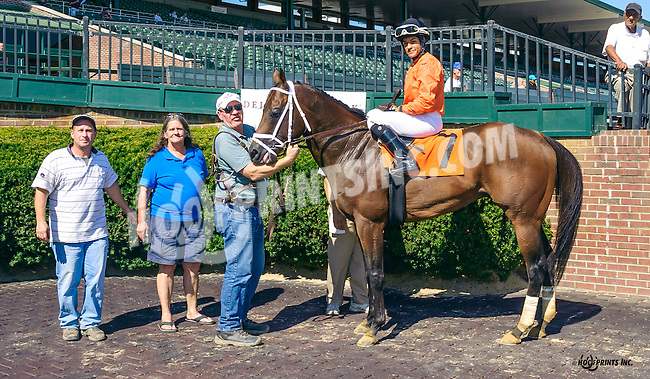Igo Forgreatness winning at Delaware Park on 9/12/16